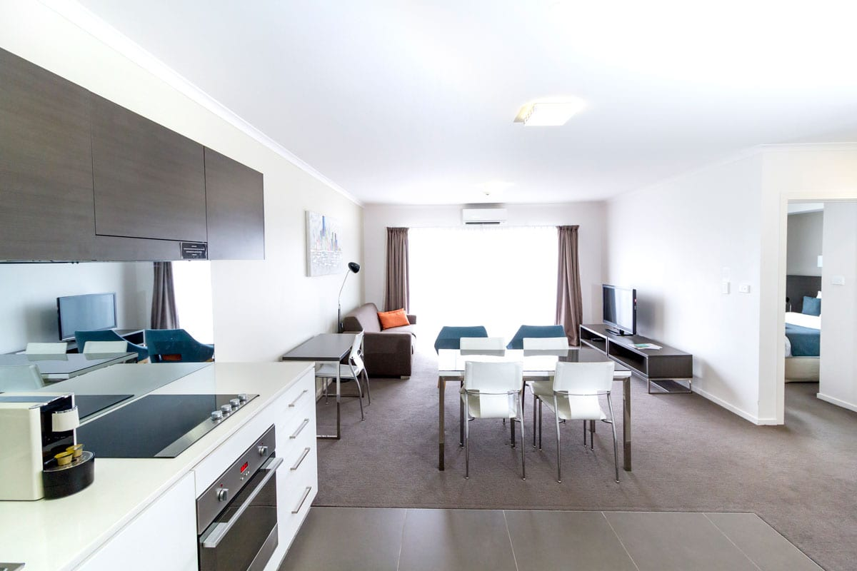 Abode-Tuggeranong_One-Bedroom-Apartment_AbodeHotels.jpg